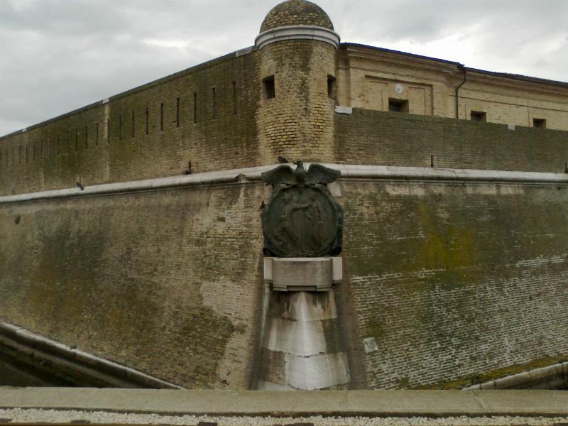 Lapide a Grassi e Maganuco - Ancona
