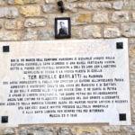 Lastra al Ten. Achille Barilatti, medaglia d'oro al valor militare – Muccia (MC)