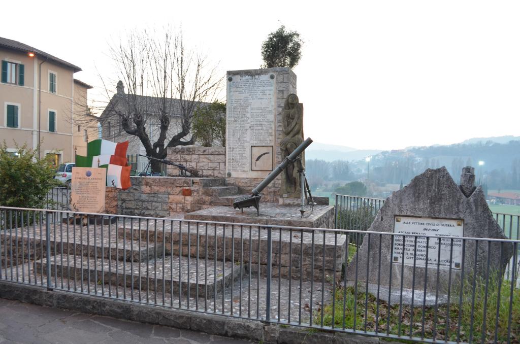 monumento caduti arrone