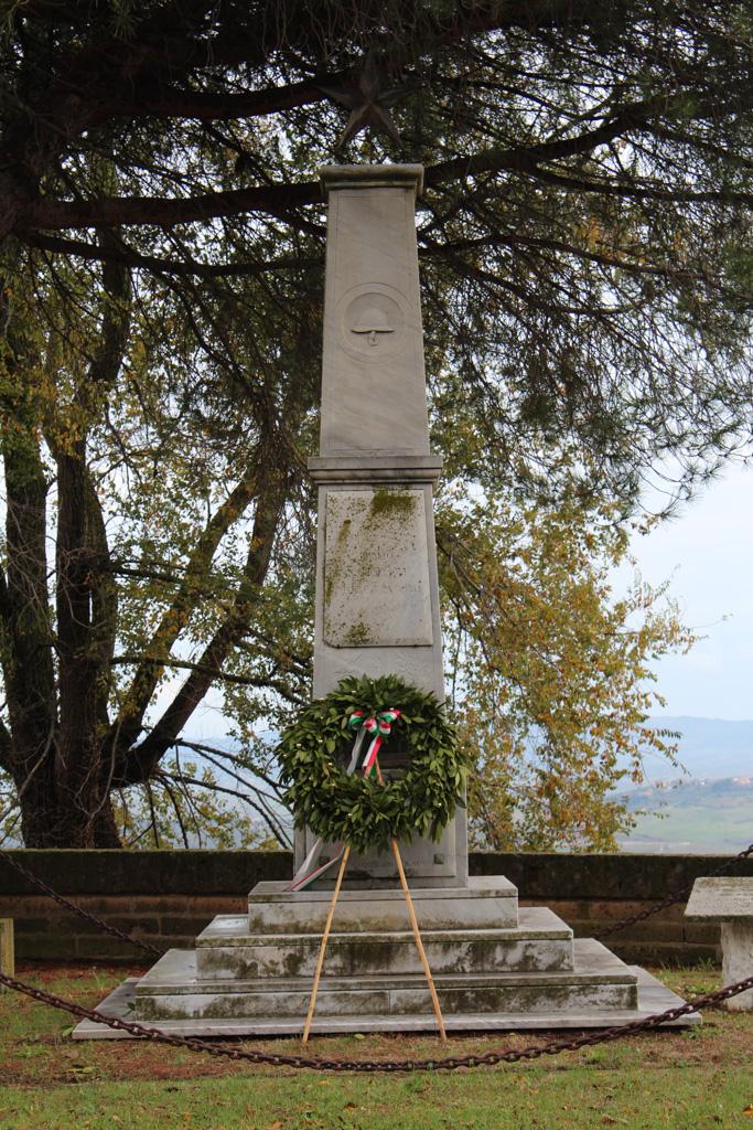 Monumento ai Caduti di Rivalto