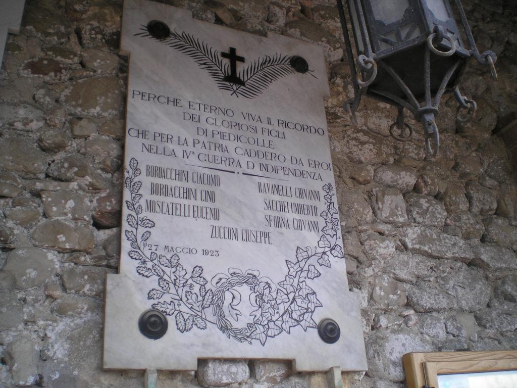 Altra lapide di Piedicolle - Collazzone PG