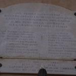 lastre dedicate ai caduti delle due guerre mondiali