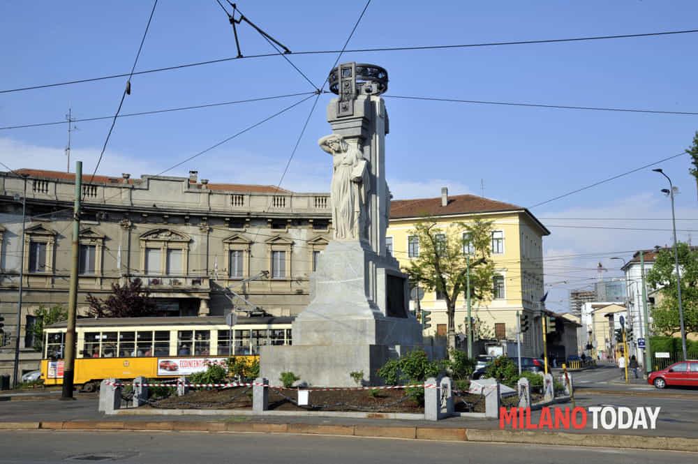 http://www.milanotoday.it/foto/cultura/monumento-caduti-musocco/#&gid=1&pid=2