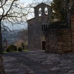 Chiesa di S. Lorenzo con il monumento