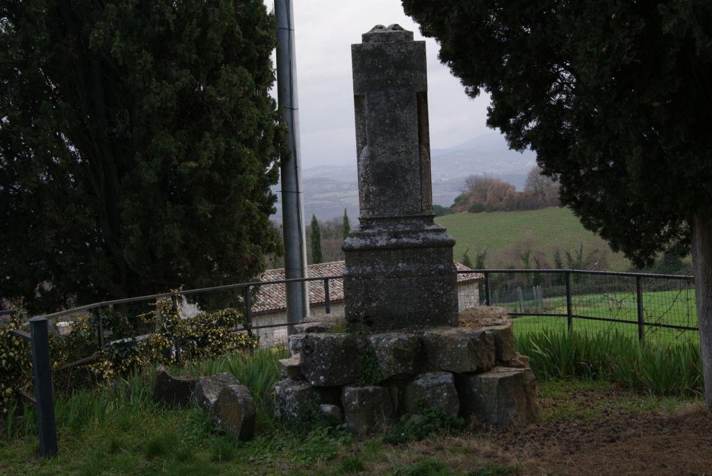 Monumento di Canonica di Todi, Pg