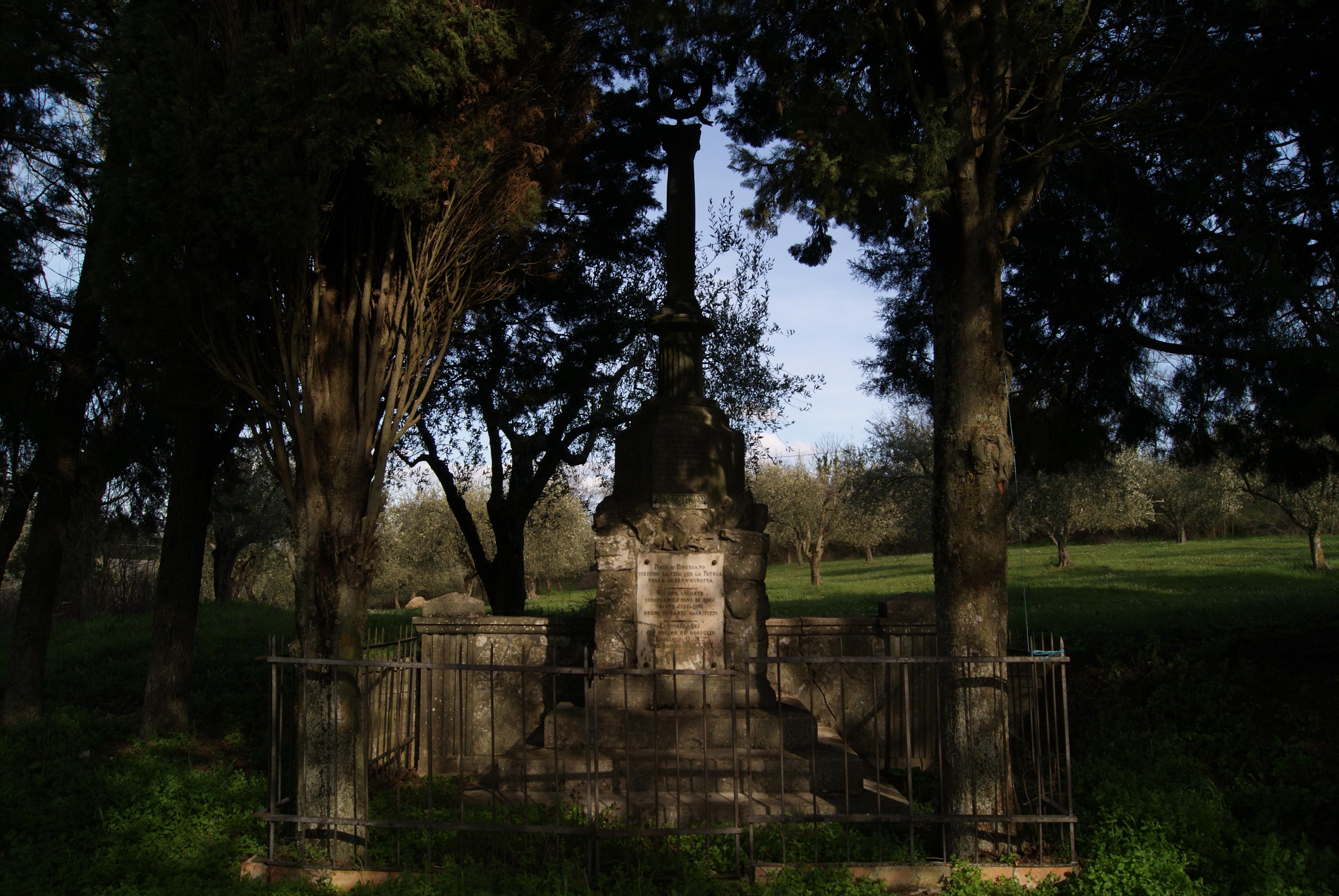 MONUMENTO DI PORCHIANO, FRONTE