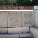 iscrizioni lato sinistro