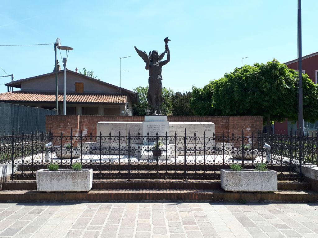 monumento vista frontale