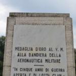 Stele alla M.O.V.M. alla Bandiera dell'A.M. – Scuola Specialisti A.M. – Caserta