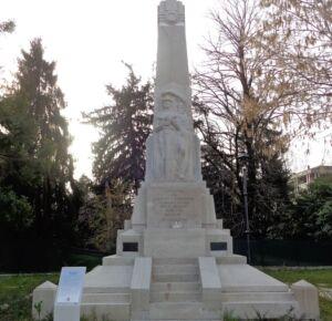 Monumento ai caduti delle guerre mondiali .Boretto, prov. Reggio Emilia