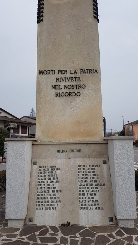 monumento lato ovest